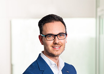 Koen Defauw, Senior Manager