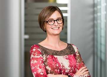 Nathalie Claes, Senior Manager